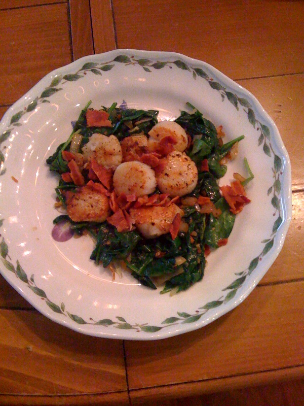 Pan Seared Scallops with Bacon and Spinach | Giving Up Grains